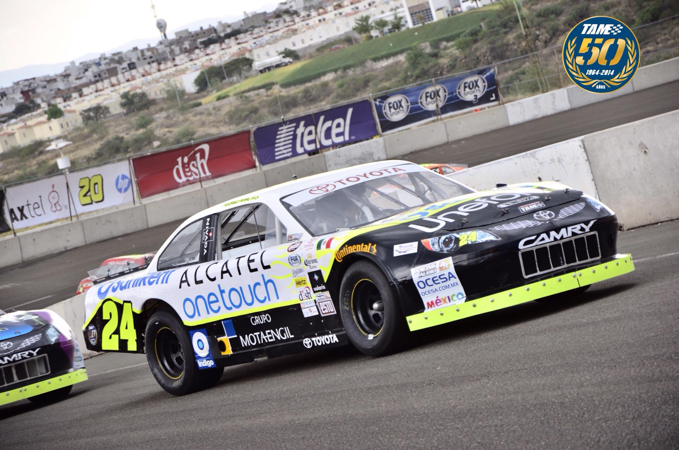 Alcatel Onetouch apuesta por el automovilismo