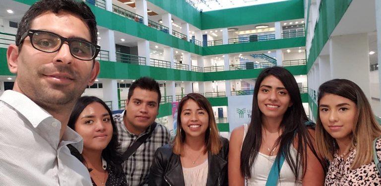 Universidad Tecmilenio ofrece becas del 100% a estudiantes destacados
